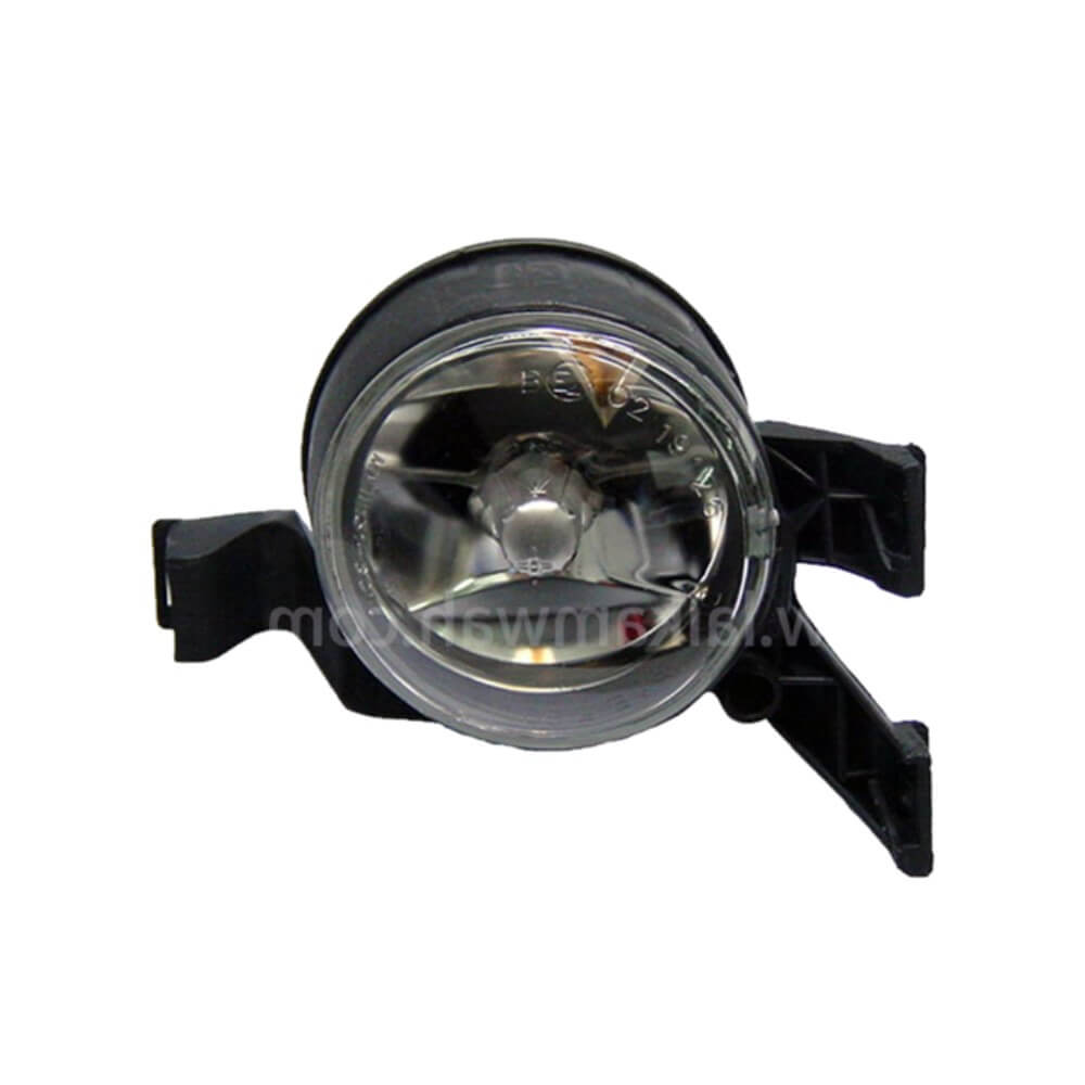 Lai Kam Wah Sdn. Bhd. Specialist in VW Aircooled Parts - 1C0941700B - Halogen Fog Lamp - Right